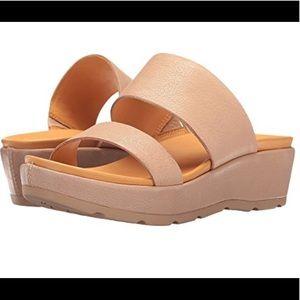 NIB Kirk-Ease Sandals